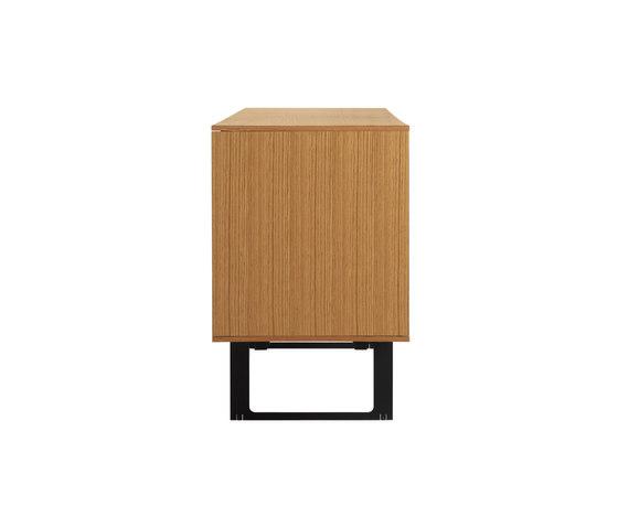 Aura Credenza de Design Within Reach | Aparadores / cómodas