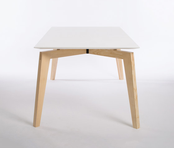 Private Space Dining Table Ash 180 de ellenberger | Mesas de reuniones