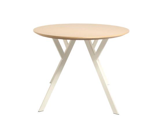 Typus round de Wilde + Spieth | Tables de cafétéria