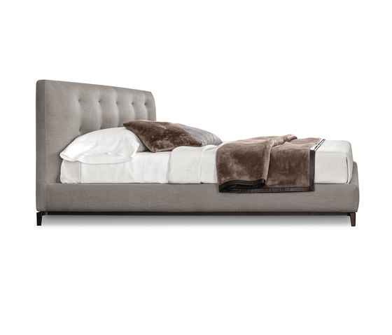 Andersen Bed Quilt by Minotti | Beds