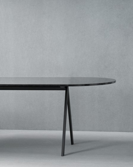 Saw Table marble black rounded by Friends & Founders | Dining tables