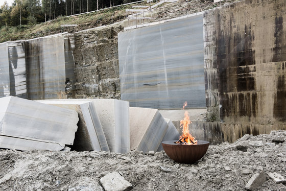 Luna 60 by Feuerring | Garden fire pits