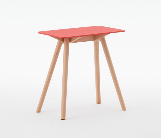 Nadia Side Table Rectangular Red de Meetee | Mesas auxiliares