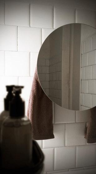 Mirror scalda salvietta round di mg12 | Specchi