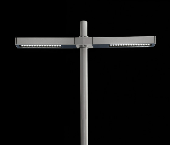 Dooku 600 Power LED / Pole Ø 76mm - Double Top Pole - Wide Beam 120° (Wide Spaces - Public Areas - Parking Areas) de Ares | Spots