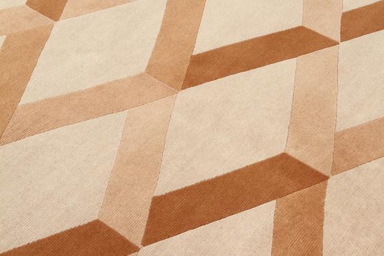 GIO PONTI Incroci beige von Amini | Formatteppiche