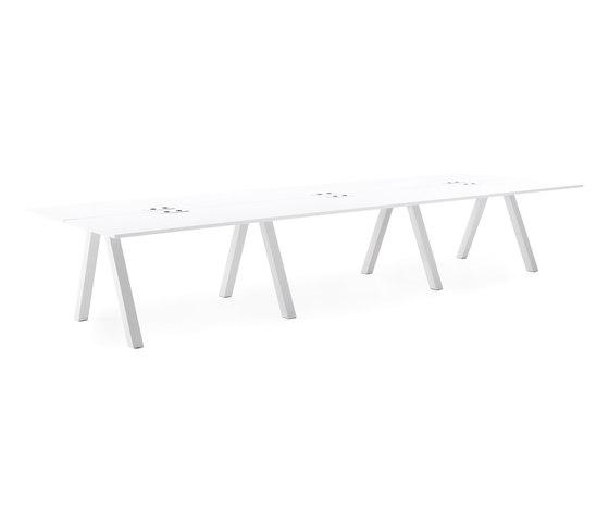Frankie bench desk A-leg big von Martela | Objekttische