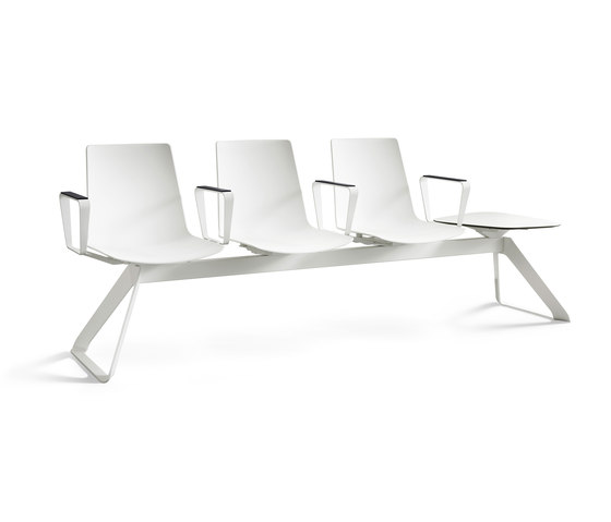 nooi bench by Wiesner-Hager | Benches