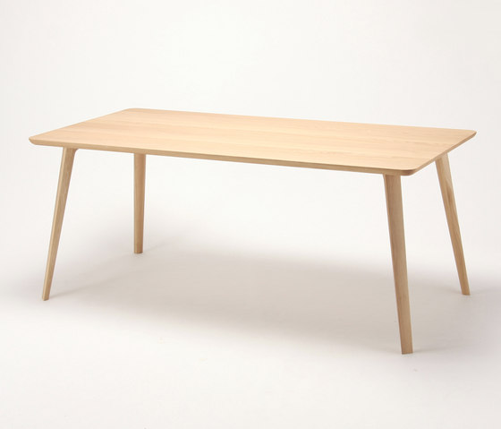 Scout Table 180 by Karimoku New Standard | Dining tables