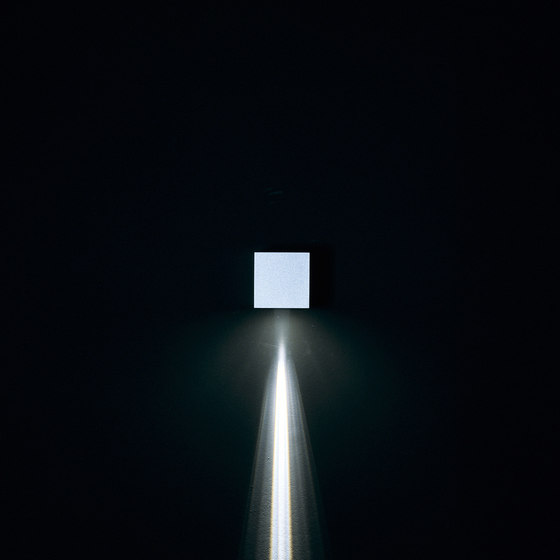 Leo 80 / Unidirectional - Narrow Beam 10° - Convex Lens by Ares | Outdoor wall lights