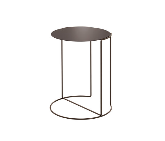 Oki occasional table bronze de Walter K. | Tables d'appoint