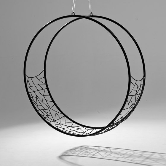 Wheel hanging swing chair de Studio Stirling | Sièges de jardin