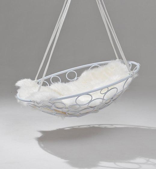 Basket Circle hanging swing chair de Studio Stirling   Balancelles