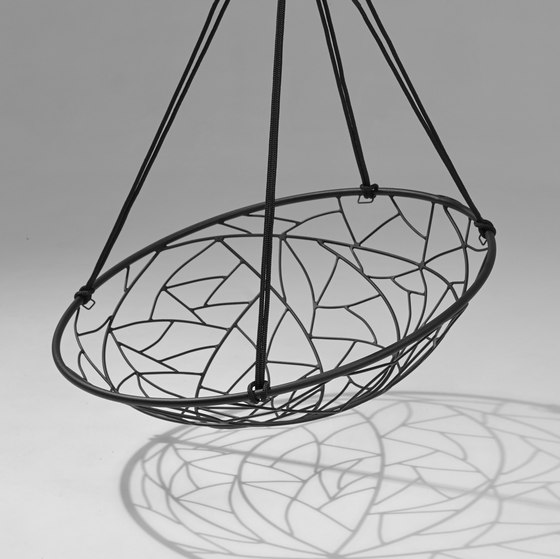 Basket Twig hanging swing chair de Studio Stirling | Balancelles