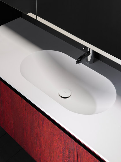 H10 Solidsurface® Washbasin Countertop de Inbani | Lavabos mueble