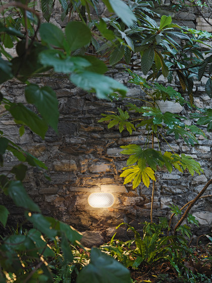 Vitro Outdoor by FontanaArte | Outdoor wall lights