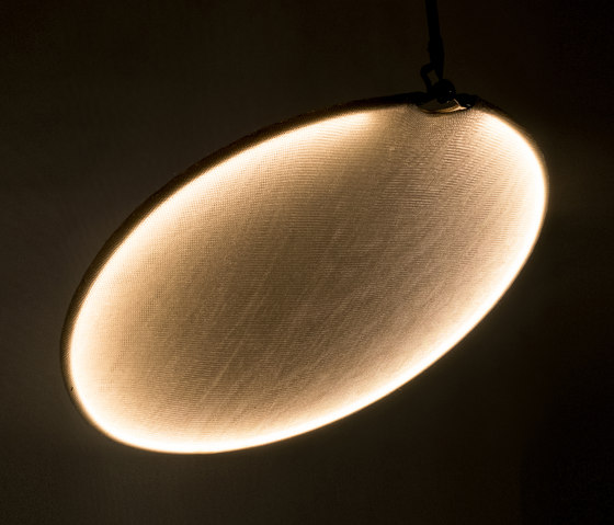 llll.03 Suspended single gold by llll | General lighting