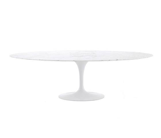 Saarinen Tulip Dining Table by Knoll International | Dining tables