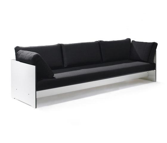 Riva Lounge Sofa von conmoto | Sofas