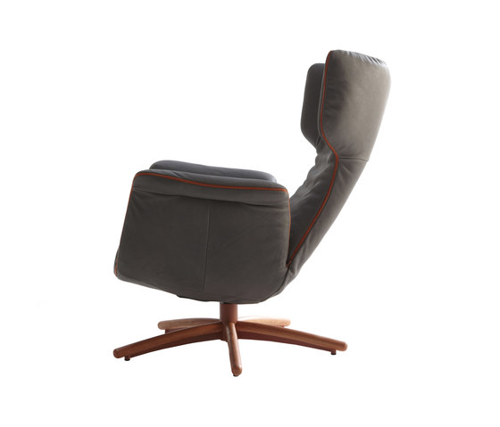 First Class lounge chair di Label | Poltrone reclinabili