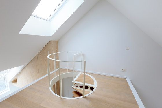 Olmo   Staircase by Jo-a   Staircase systems
