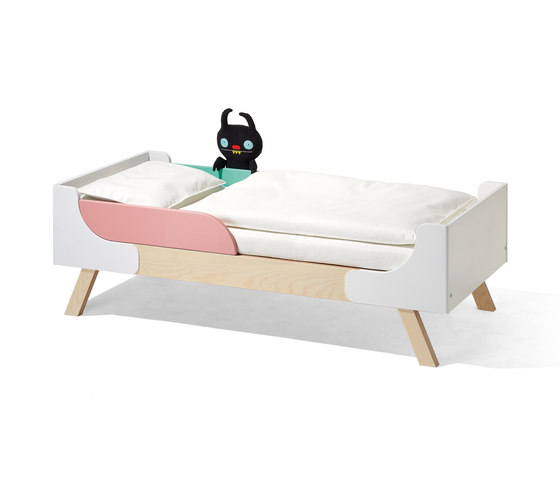 Famille Garage children's bed by Richard Lampert | Kids beds
