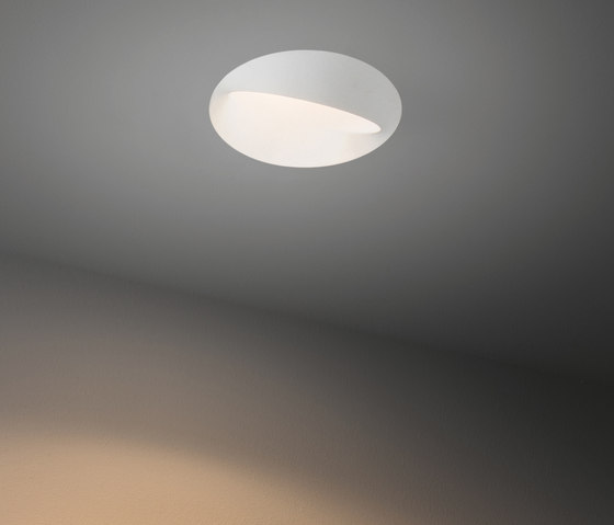 Asy wink 115 LED spreadlight GE by Modular Lighting Instruments   Recessed ceiling lights