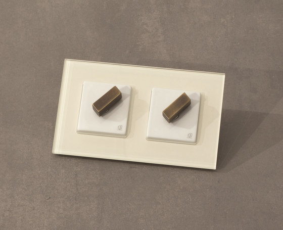 Arreda square⎟double switch by Gi Gambarelli   Rotary switches