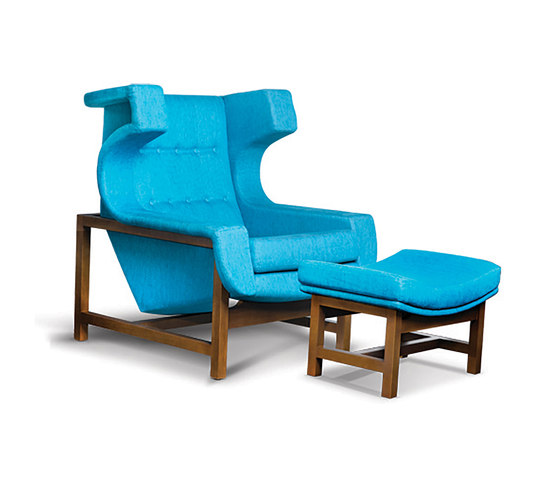 Voltaire armchair⎟footstool by LinBrasil | Armchairs