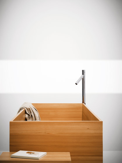 The Nendo Collection | 07 by Bisazza | Free-standing baths