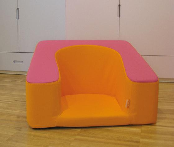 Poltroncina Nido® by PLAY+ | Kids armchairs / sofas