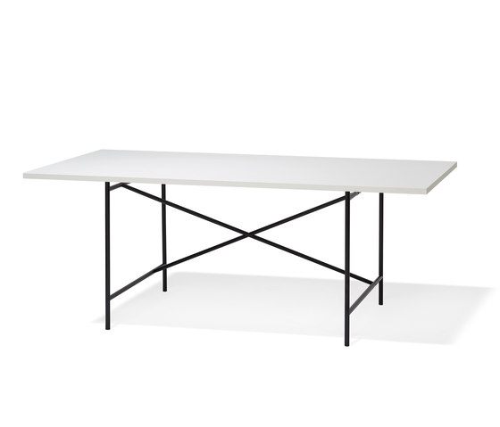 Eiermann 1 black by Richard Lampert | Individual desks