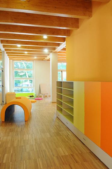 Kindergarten wardrobe de PLAY+ | Armarios escolares