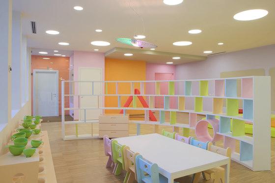Libreria arco di PLAY+ | Sistemi scaffale ufficio