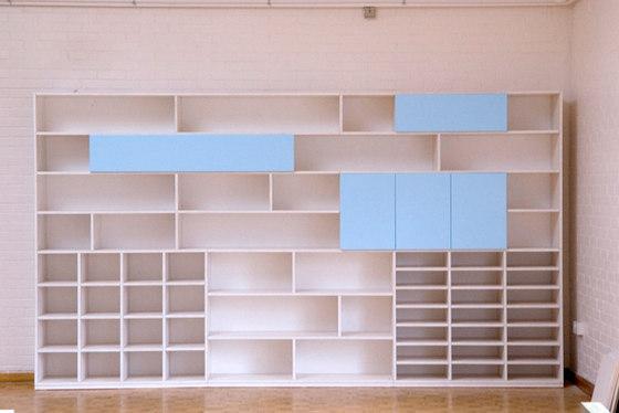 Libreria in linea sezioni di PLAY+ | Sistemi scaffale ufficio