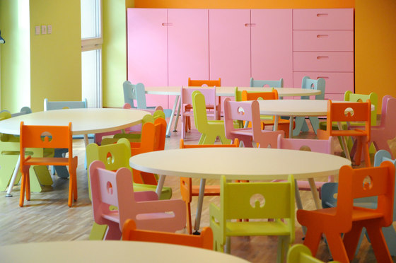 Table rectangular top by PLAY+   Kids tables