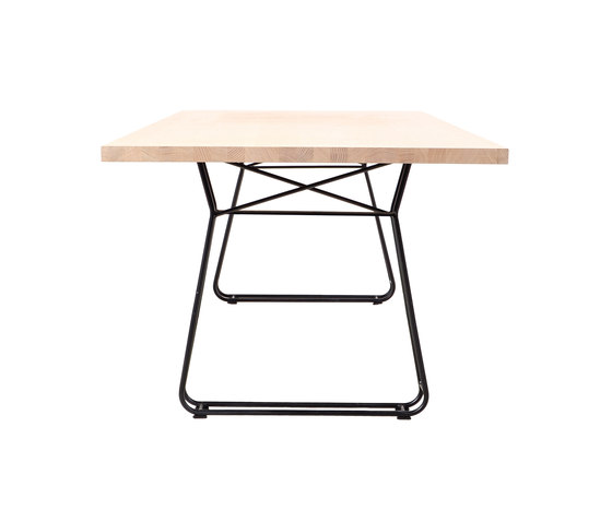 Figura Table by KFF   Restaurant tables