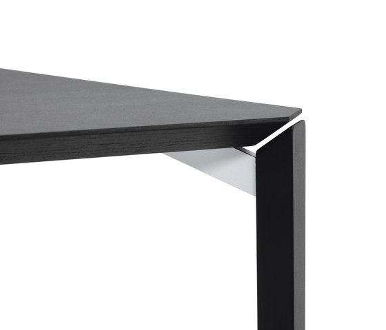 FINN Table by Girsberger | Canteen tables