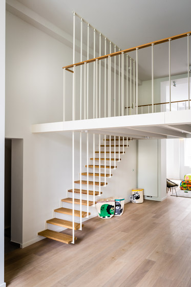 Up Suspended Staircase Wood Stairs From Jo A Architonic