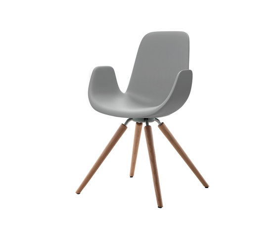 Step | 904 12 by Tonon | Chairs