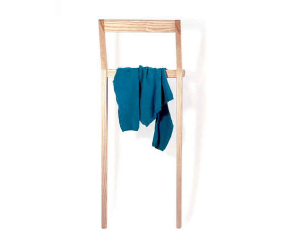 Kammerdiener single by Stadtnomaden | Clothes racks