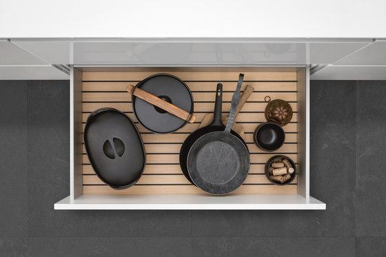 Interior |Aluminum interior accessories, light oak by SieMatic | Kitchen organization