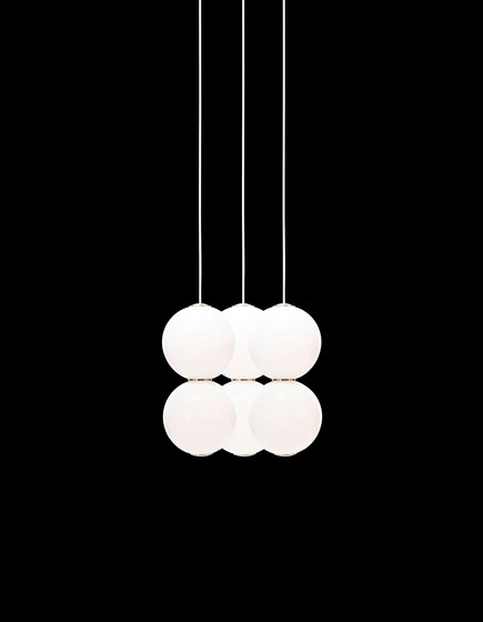 Pearls Chandalier 3 - EEE by Formagenda | Suspended lights