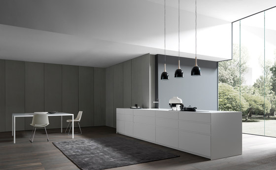 Fly 1 lacquered island by Modulnova | Fitted kitchens