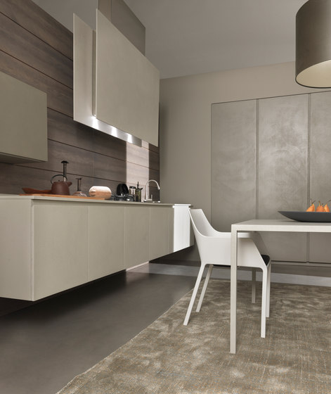 Resin Kitchen Worktops: TWENTY 2 LINEAR KITCHEN IN RESIN
