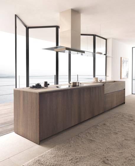Twenty 4 island in Rovere Ossidato by Modulnova | Island kitchens