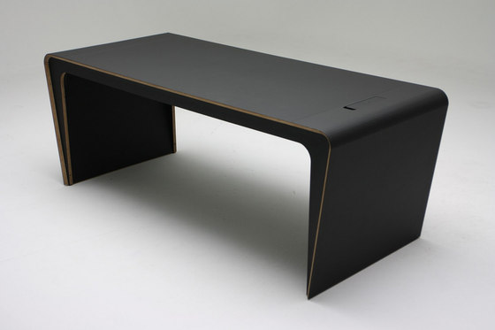 Lir table by Dizz Concept | Contract tables