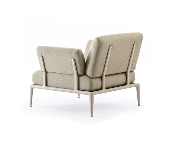 Joint armchair by Fast | Garden armchairs