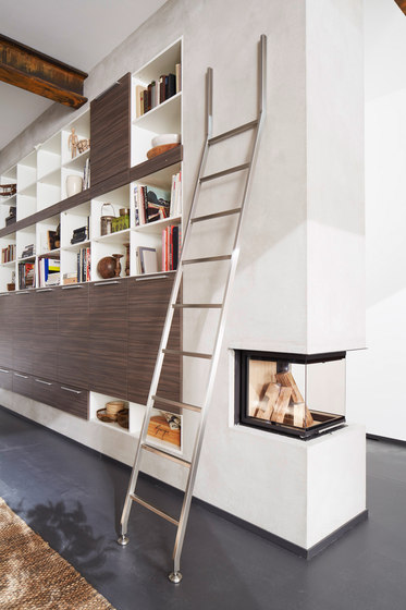 Akzent Ladder System/ Positionable Ladder by MWE Edelstahlmanufaktur | Library ladders