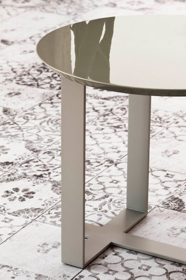 aura side table by baltus side tables baltus furniture